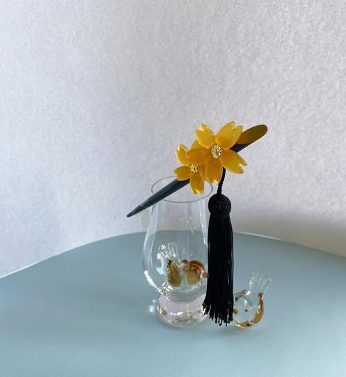 飴色の花の簪 正絹房飾り シック オトナ 揺れるかんざし