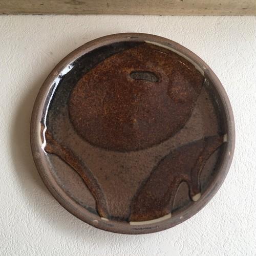 やちむん 陶器工房虫の音 平皿5.5寸 茶