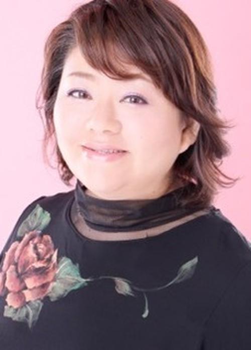 【名古屋栄校】自由なスタイルで副業する占い師の智惠