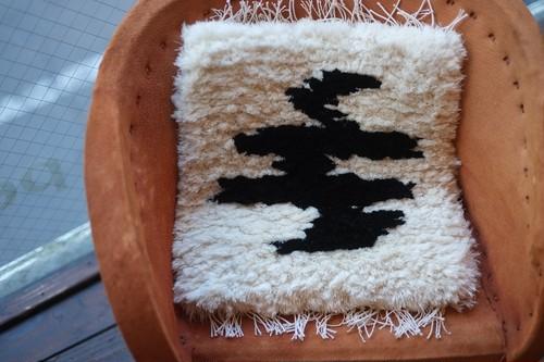 ノッティング(小サイズ)  //手織りの椅子敷//