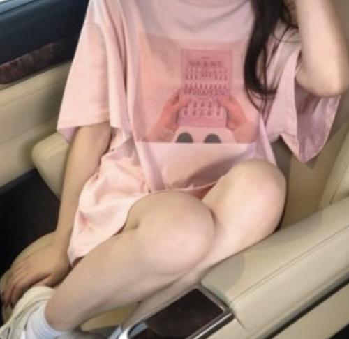 ガーリーレトロプリントTシャツ A152