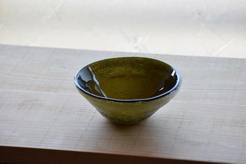 白泡円すい鉢 (黒)