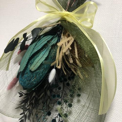 スワッグ(グリーン系バンクシアと癒しの花)ワイルドフラワー