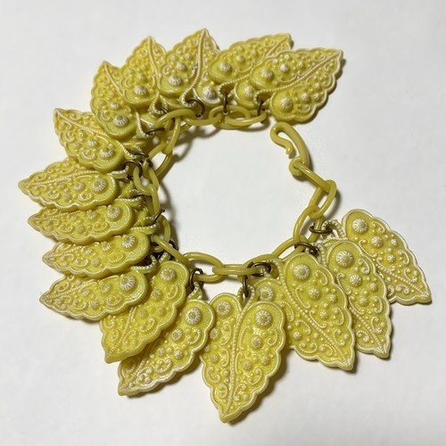 Vintage Celluroid Leaves Chain Bracelet