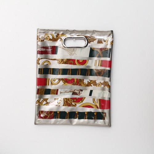 【一点もの】No.322   スカーフで作ったPVCクラッチバッグ