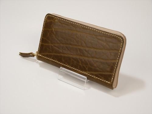 ラウンドファスナー 緑がかった茶 牛革ショルダー Leather wallet