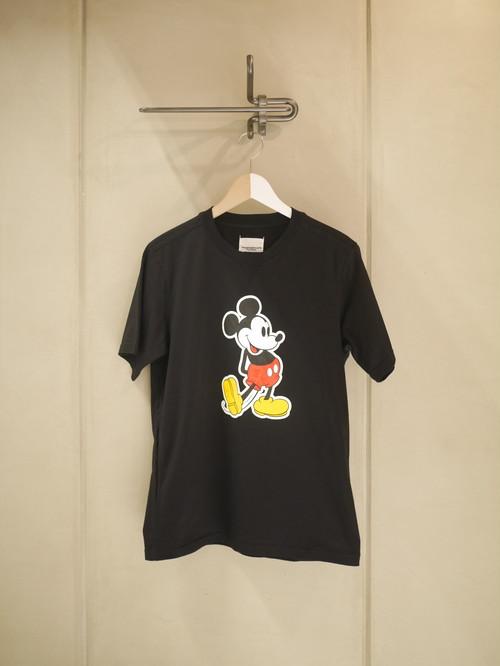 TAKAHIROMIYASHITATheSoloist. / Mickey Mouse crew neck s/s tee.  (original color Mickey Mouse / black)