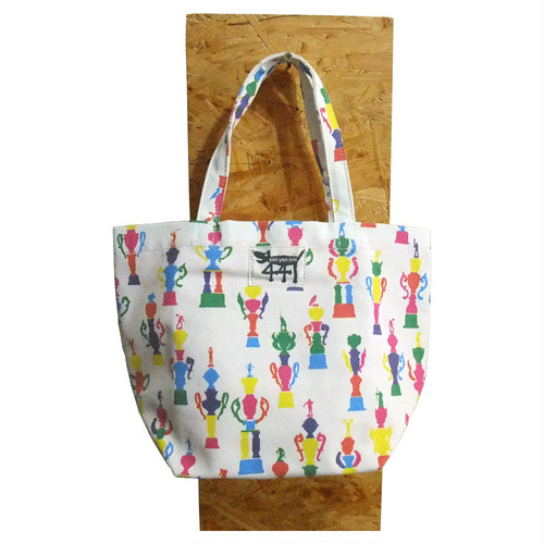 tote bag / medium / trophy / small pattern