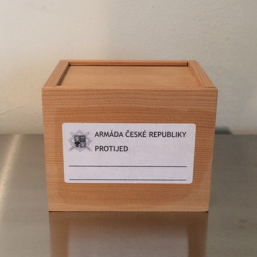 MEDICINAL WOODEN BOX medium / 90s CZECH DEAD STOCK