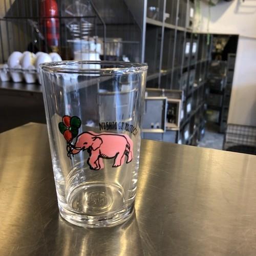 ピンクの象図案のグラスA<再入荷>