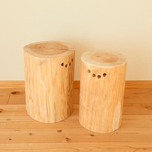 杉の丸太椅子