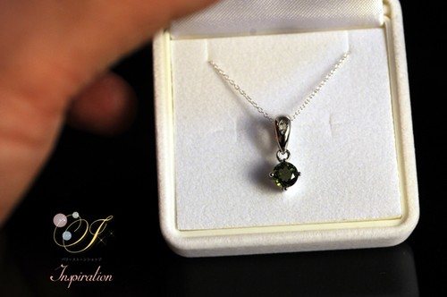 ダイヤモンド・モルダバイトネックレス(0.61ct) P001B