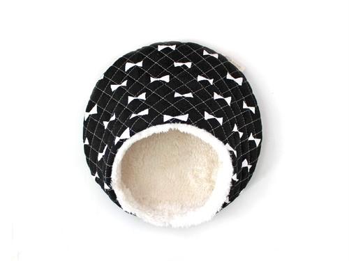 ハリちゃんのおやすみベッド(冬用) リボン ブラック / Hedgehog bed for winter