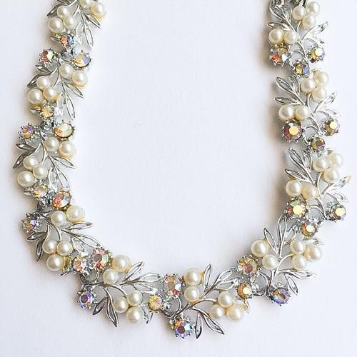 """ART"" pearl & aurora rhinestone necklace[n-230]"