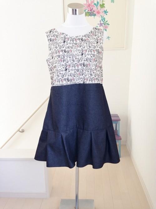 """キレイな黒のカラーデニムで作ったエレガントな裾フリルの""""着る""""スカート"""