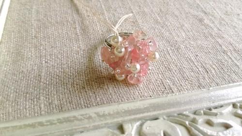 なごみマミー 21さざれ石とガラスパールの指輪(チェリークォーツ)
