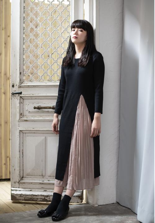 【完売御礼】2-Tone Slit Long Dress / プリーツスリット入りロングワンピース