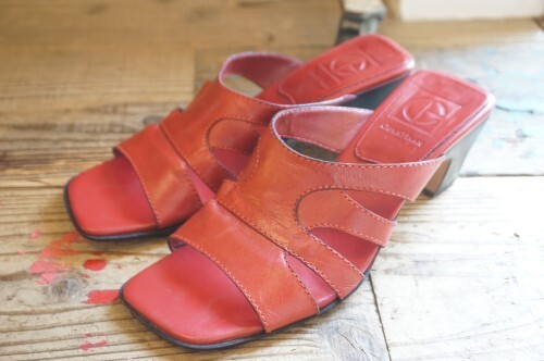 90's COLE HAAN red leather slip-on Sandals