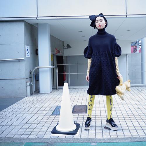2TONE<BK> CIRCLE POPCORN KNIT DRESS / WOMEN