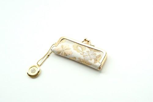 結婚祝い、誕生日ギフトに。【ゴールド サーモンピンク&シルバー花文様 シルク帯  印鑑ケース】がま口、帯リメイク