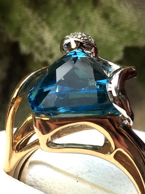 【3日以内返品可】無二のデザイン☆ブルートパーズ 4.42ct ダイヤモンド 計0.04ct K18/K18WG リング【リフレッシュメント(新品仕上げ・補修・洗浄等済)】