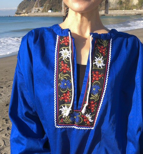 Tyrolean tunic / blue