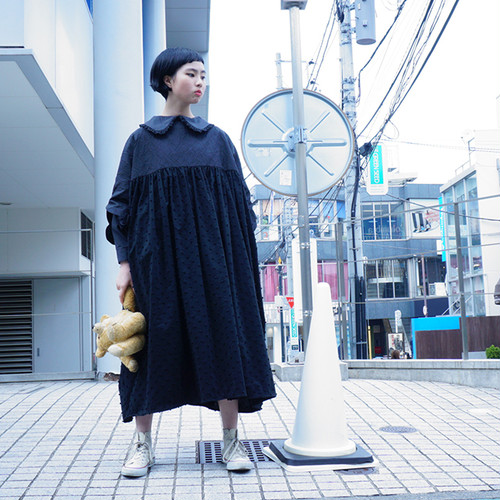 DOUBLE CIRCLE GATHER DRESS -BEAR MT/BONBON CUT JQ / WOMEN