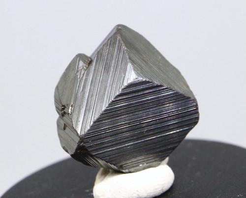 マグネタイト クリスタル 磁鉄鉱 ユタ州産 9,2g MGT003