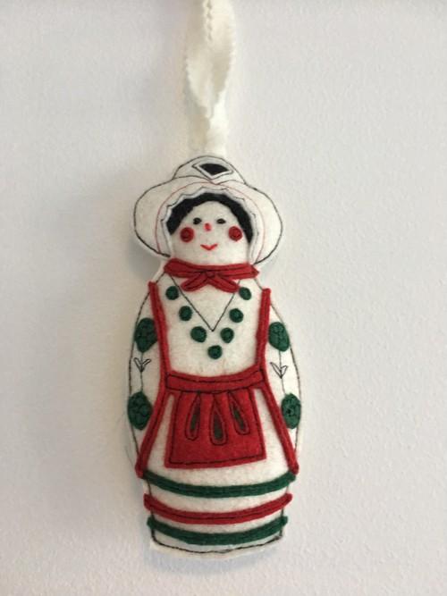 ハンガリー ハンドメイドフェルト小物 ハンガリー 民族衣装