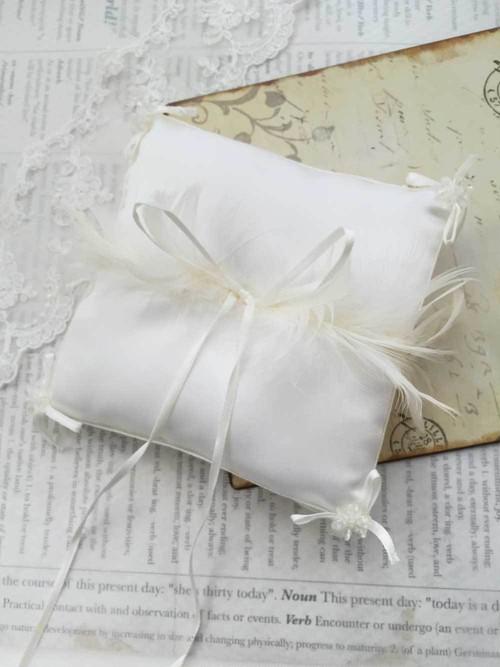 ホワイトフェザーリングピロー手作りキット【イタリア製サテン】