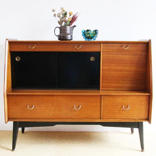 1950年後半~60年代 イギリス G-plan サイドボード カップボード 食器棚 本棚 キャビネット