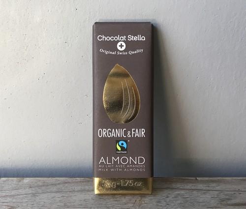 ステラ オーガニックミルクチョコレート アーモンド
