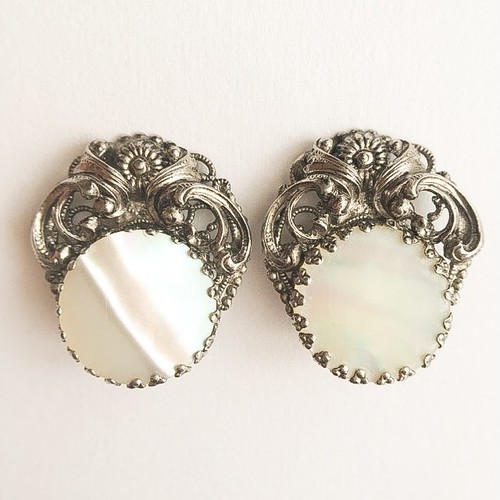mother of pearl & silver earring[e-967]