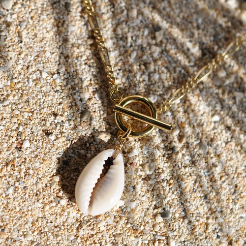 SALTY BABE Necklace