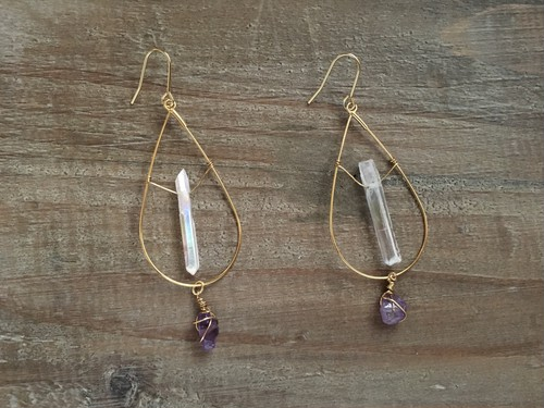 Aurora crystal × amethyst tear drop earring