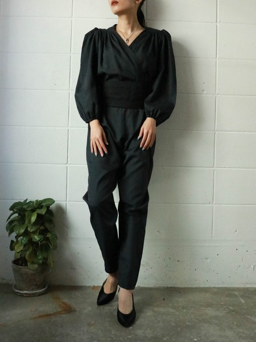 puff sleeve black all in one