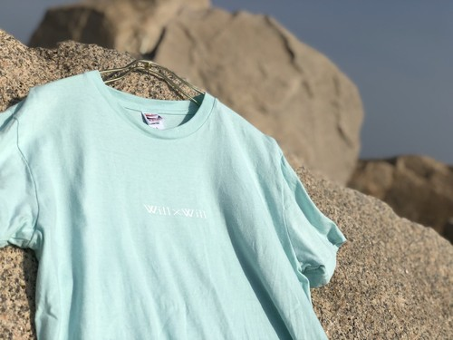 HAPPIES T-shirts 【Light Blue】