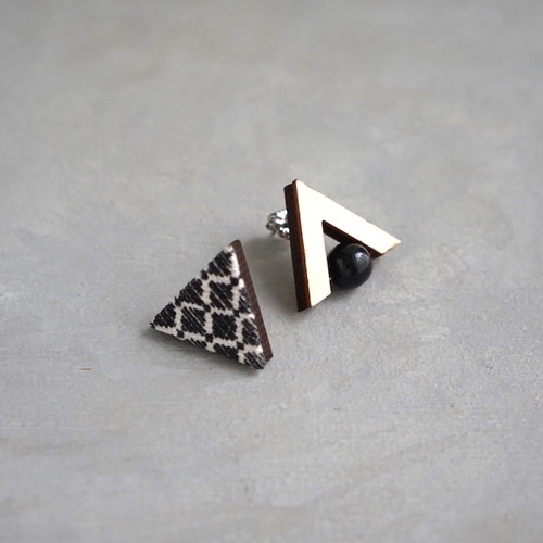 pierced earrings C-P07/earrings C-E07<silver>