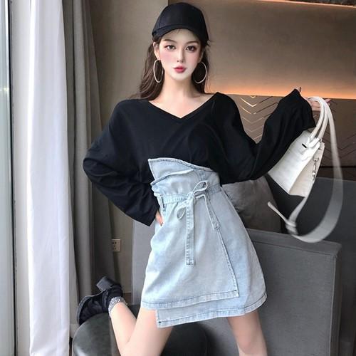 【セットアップ】無地Vネック長袖Tシャツ+Aラインハイウエストスカート