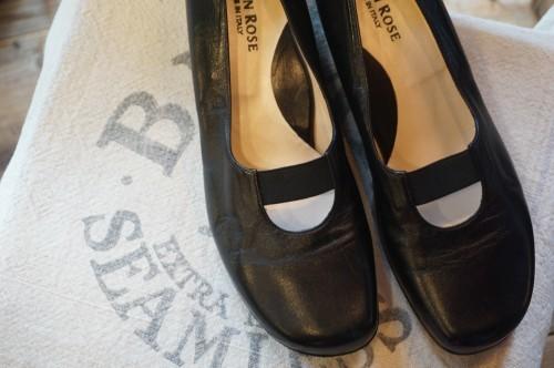 TARYN ROSE black leather slip-on comfort Shoes