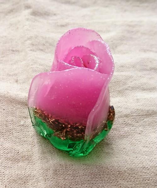 縦長薔薇オルゴナイト【淡ピンク】