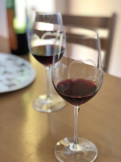 Hana wine glass
