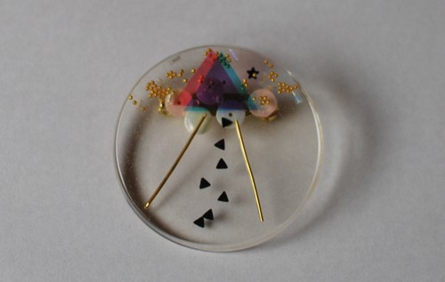 【幾何学バッジ】UFO