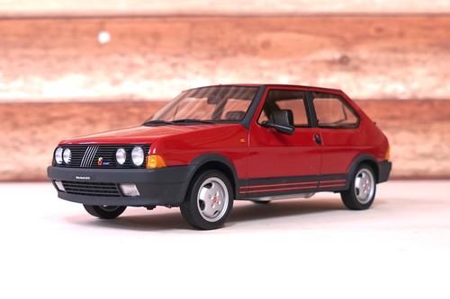 FIAT RITMO 130 TC ABARTH 1983 1:18【税込価格】