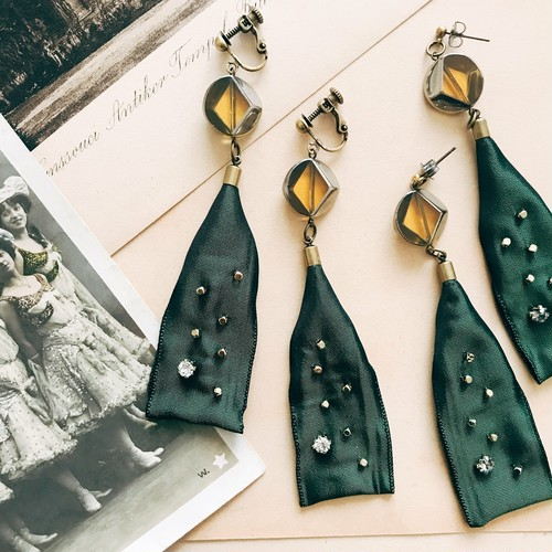 [30%off] French ribbon earrings [green]