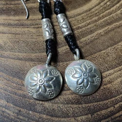 タイ山岳民族 カレン族 カレンシルバー 花のピアス Silver925