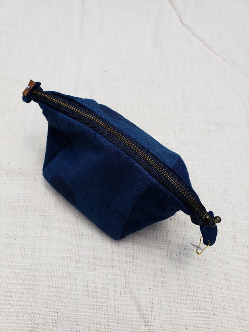 Tent shaped mini bag