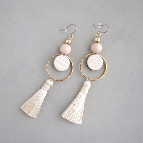 pierced earrings C-P01/earrings C-E01<white>