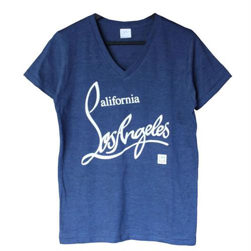 IROGLO(イログロ)×California Losangeles(カリフォルニアロサンゼルス)/VネックTシャツ/ネイビー