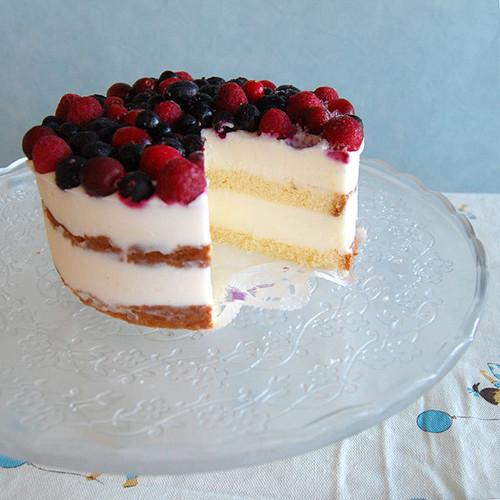 べリーベリージェラートアイスケーキ